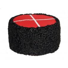 1106 Шапка кубанка из каракуля черная с красным верхом