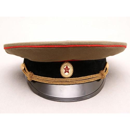 К006 Фуражка офицера танковых и артиллерийских войск СССР повседневная.