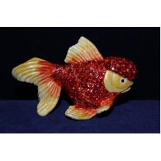 Рыбка красная